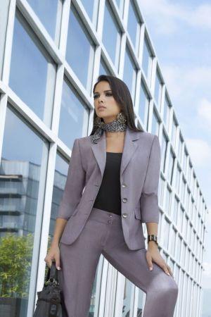 Uniforme ejecutivo para mujer liso con bufanda