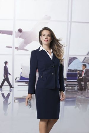 Uniforme ejecutivo para aeropuerto
