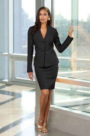Uniforme ejecutivo moderno para dama color negro