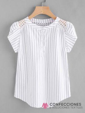 camisa con diseño en manga mujer