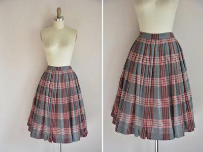 Faldas Escolares Tipo Barrido
