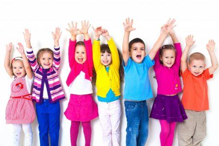 Ropa Colorida Para Uniforme Preescolar