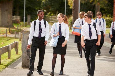 Tipo Formal De Uniforme Escolar Para Ninos Cstradha