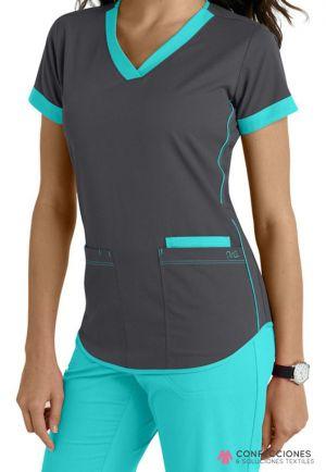 uniforme medico de mujer azul turquesa cstradha