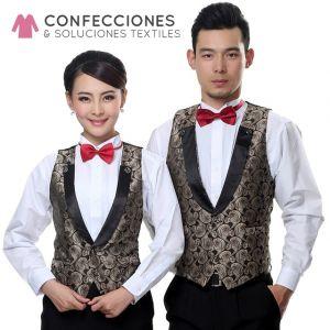 uniforme para camarero con chaleco y corbatin combinado cstradha
