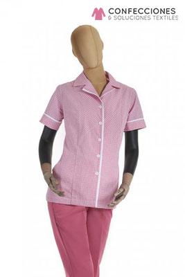 uniforme para camarista de habitacion rosado cstradha