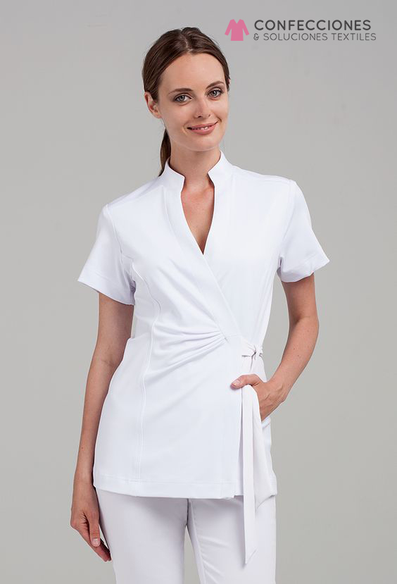 uniforme medico con lazo cstradha