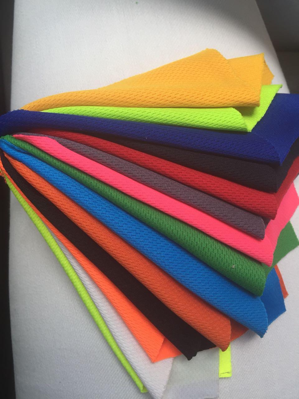 colores polos en tela dry-fit